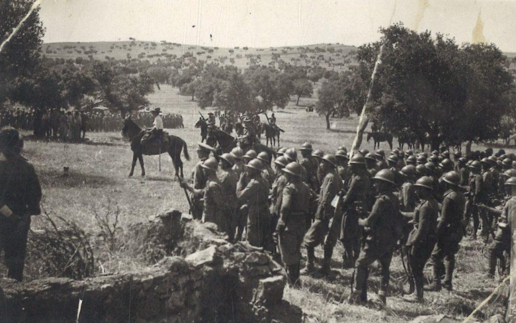 Brigada Flechas Azules en Campillo de Llerena (Badajoz)